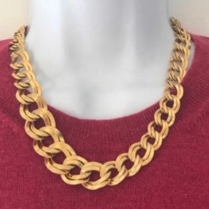Jewelry - Gold Graduating Size Double Link Chain Necklace